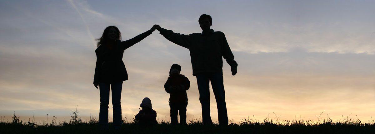 Resultado de imagen de familia cristiana