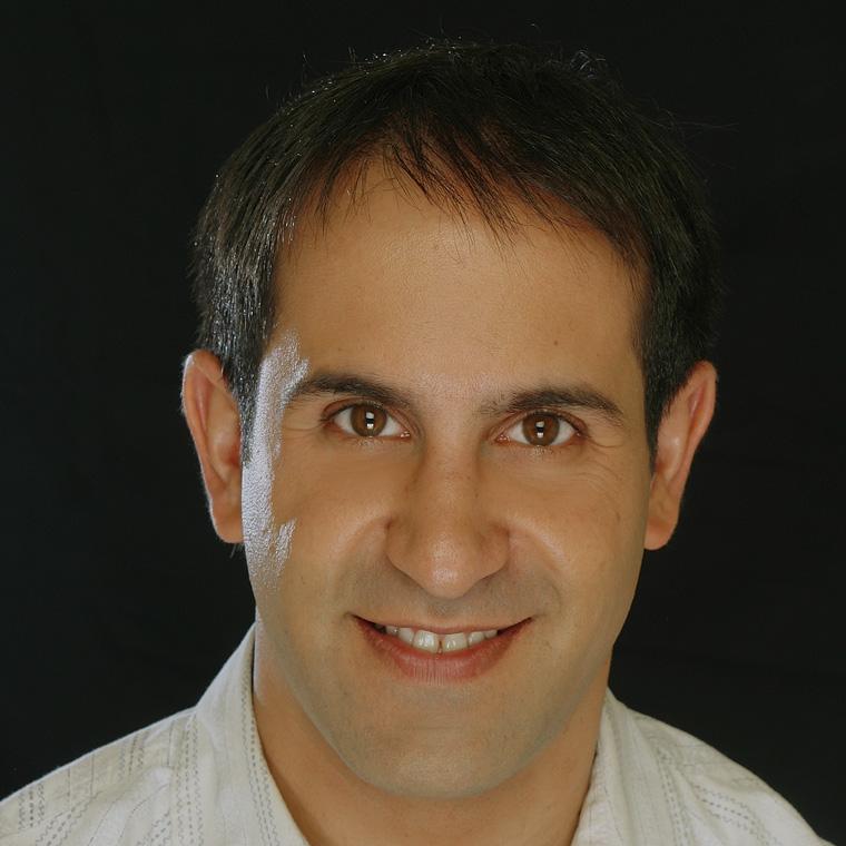 Dr. Lucas Leys
